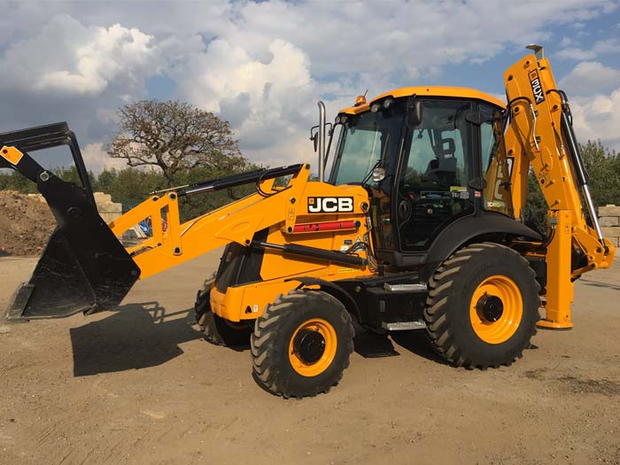 JCB Wheeled Excavators hire